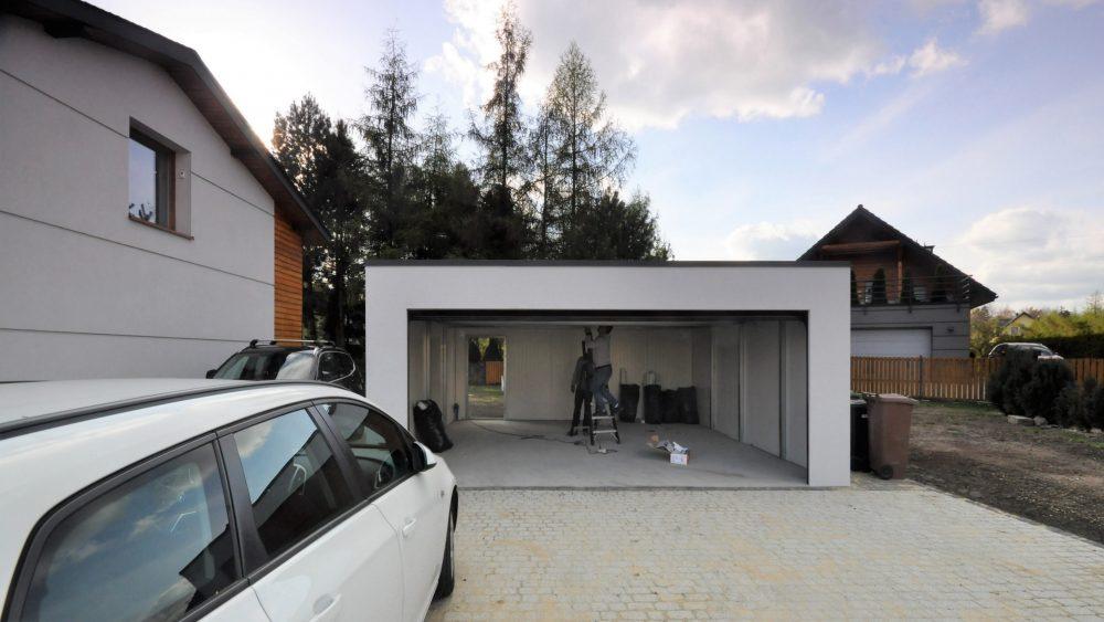 66 Na zdjęciu garaż Uno-Plus - 2 samochody, razem szer.6,0m x dł.5,80m może być wykonany w innych wymiarach.